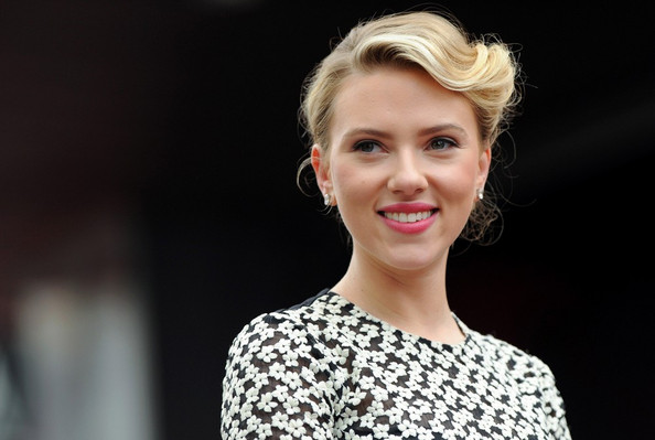Scarlett Johansson's Complete Hair Transformation