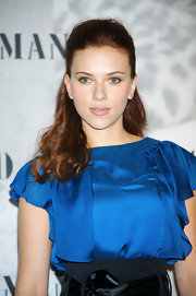 Scarlett opted for a half up half down look, which highlighted her stunning green eyes. It's amazing what a hairstyle can do.