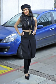 Nicole Scherzinger was spotted in black satin platform pumps.