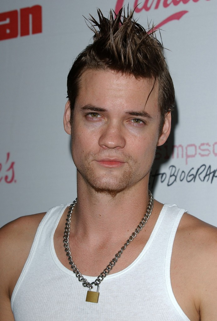 Swell Shane West Fauxhawk Short Hairstyles Lookbook Men Stylebistro Short Hairstyles For Black Women Fulllsitofus