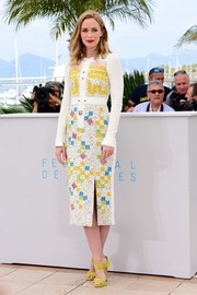 Emily Blunt kept it bright all the way down to her chartreuse Jimmy Choo sandals.