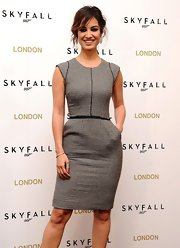 Berenice wore this perfectly fit cocktail dress to the 'Skyfall' photocall in London.