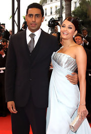 Abhishek Bachchan attended the 'Spring Fever' premiere wearing a sophisticated three-piece suit and striped tie combo.