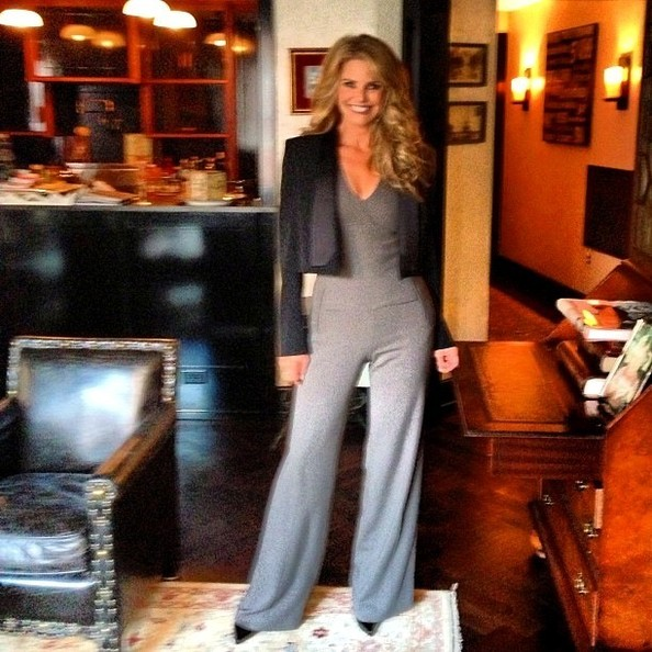 Christie Brinkley Shows Off Her Perfect Curls And Figure