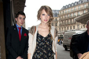 Taylor Swift shops at Galeries Lafayettes.
