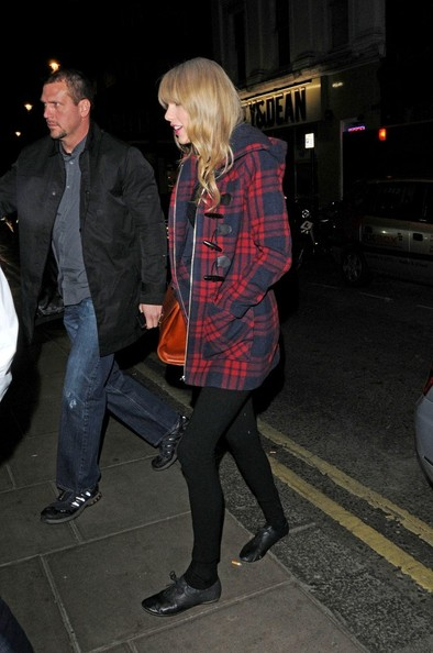 More Pics of Taylor Swift Wool Coat (2 of 21) - Taylor Swift Lookbook - StyleBistro