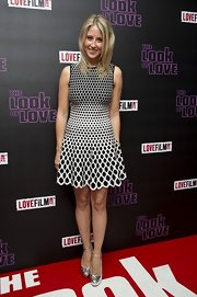 Fawn James chose a black-and-white optical-illusion-print dress for her mod-inspired red carpet look.