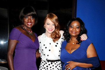 Emma Stone Viola Davis The UK premiere of 'The Help'