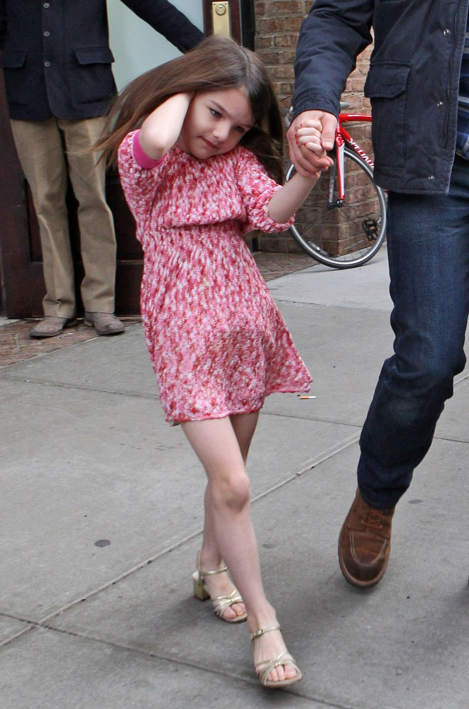 Mod About It Suri Cruise S Best Fashion Moments So Far