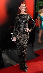 Carrie Preston chose a long-sleeve embossed evening dress for a totally modern look at the premiere of 'True Blood' season 6.