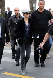 Vanessa Paradis' velvety blazer gave her a cool masculine look while still being totally chic.