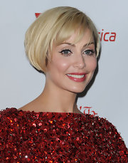 Natalie Imbruglia looked snazzy with this blonde bob at the Rock the Kasbah event.