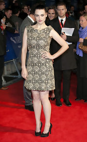 Katie McGrath looked chic at the 'W.E.' premiere in a printed sheath dress topped off with black lacy pumps.
