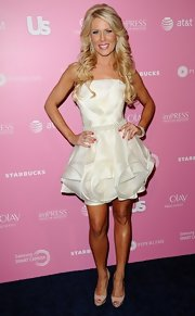 Gretchen's origami layered white mini dress at the Hot Hollywood style event looked very prom.