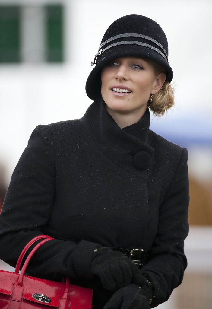 Zara Phillips The World 39 S Best Dressed Royals Stylebistro
