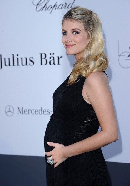 More Pics of Melanie Laurent Maternity Dress (1 of 14) - Melanie Laurent Lookbook - StyleBistro