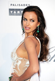 These divine emerald green earrings made Irina's look at the amfAR Gala.