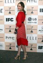 Vera Farmiga gave her red dress the perfect finish with olive T-strap pumps with nude trim.