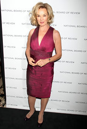 Jessica Lange paired her sophisticated berry cocktail dress with deep burgundy pumps.