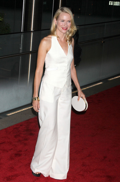 More Pics of Naomi Watts Red Lipstick (1 of 7) - Naomi Watts Lookbook - StyleBistro