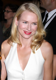 Naomi Watts super charged her smile at the New York City Ballet's fall gala. She chose a cherry-red shade of lipstick for a big pop of color. To try her look, we recommend Covergirl LipPerfection Lipcolor in shade like Tempt.