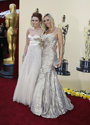 Tish looked amazing in her bandage style mermaid gown.