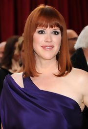 Molly Ringwald looked gorgeous with her sleek straight 'do and blunt bangs.