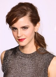 Emma watson accentuated her pout with a gorgeous red lip color.