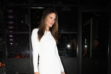 Alessandra Ambrosio Celerates Her 32nd Birthday, Looks Amazing (Obvi)