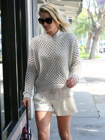 More Pics of Ali Larter Crewneck Sweater (1 of 14) - Crewneck Sweater Lookbook - StyleBistro