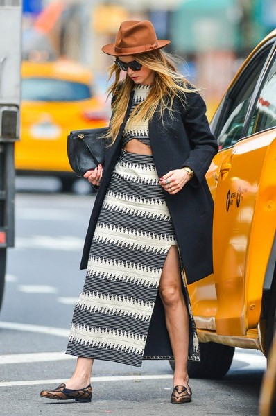 Amber Heard Smoking Slippers