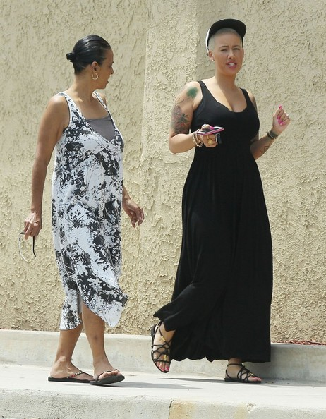 More Pics of Amber Rose Maxi Dress (5 of 21) - Amber Rose Lookbook - StyleBistro