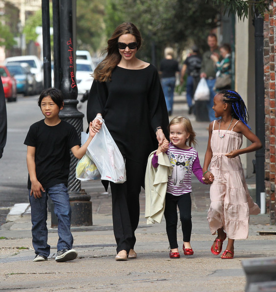 More Pics of Vivienne Jolie Pitt Leggings (1 of 138) - Vivienne Jolie Pitt Lookbook - StyleBistro