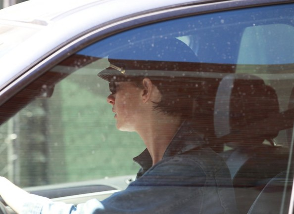 Anne Hathaway Cruises in Beverly Hills