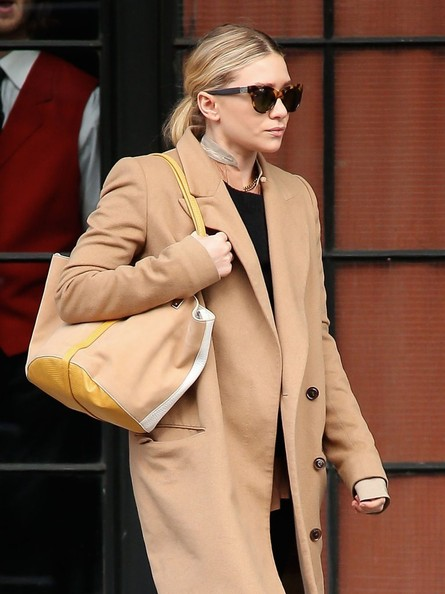 More Pics of Ashley Olsen Wool Coat (1 of 9) - Wool Coat Lookbook - StyleBistro