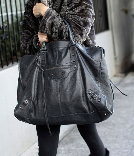 More Pics of Ashley Tisdale Oversized Tote  (1 of 15) - Ashley Tisdale Lookbook - StyleBistro