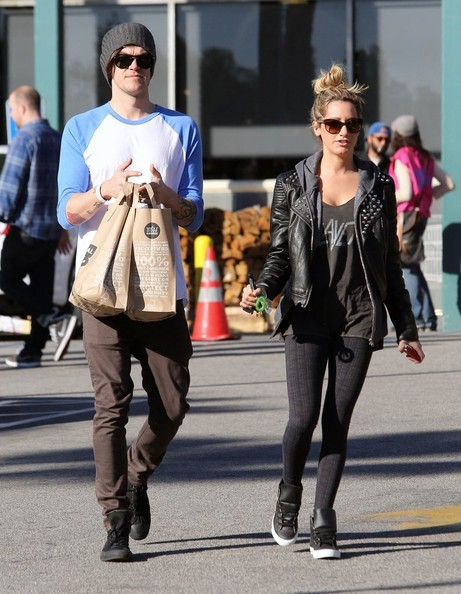 More Pics of Ashley Tisdale Leather Sneakers (5 of 15) - Leather Sneakers Lookbook - StyleBistro