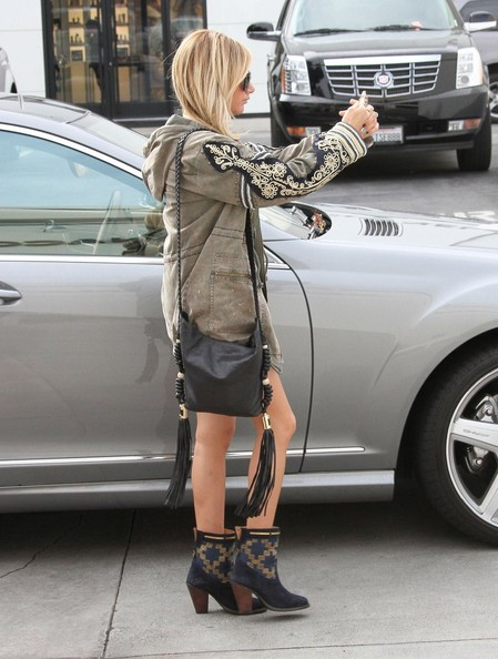 Ashley Tisdale Leather Messenger Bag []
