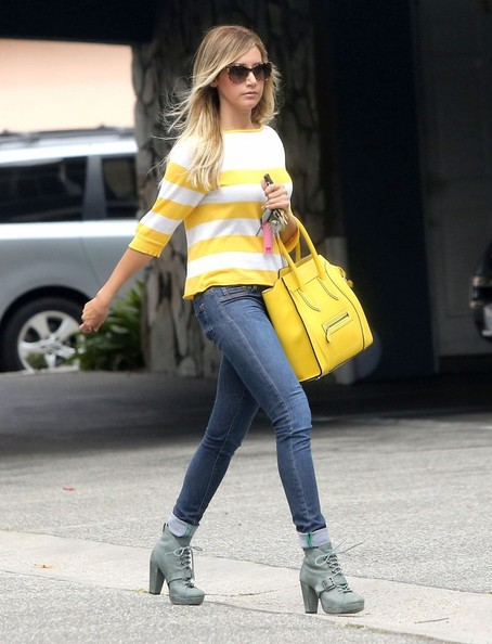More Pics of Ashley Tisdale Leather Tote (1 of 12) - Tote Bags Lookbook - StyleBistro