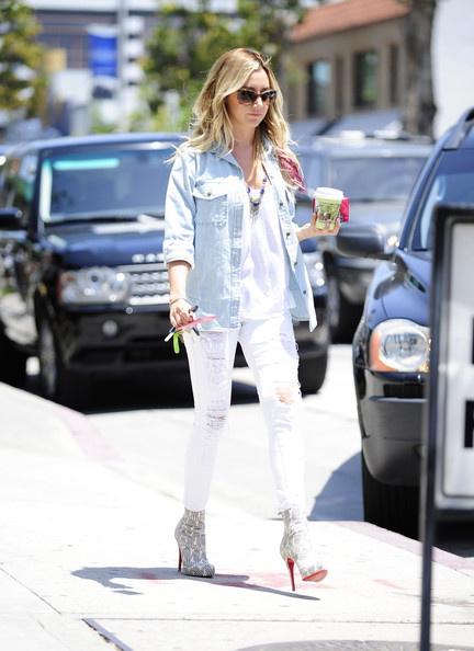 More Pics of Ashley Tisdale Ripped Jeans (1 of 28) - Ripped Jeans Lookbook - StyleBistro
