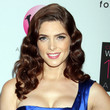 Ashley Greene's Classic Fingerwave