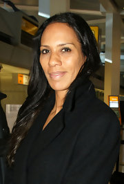 Barbara Becker arrived at the Berlin Airport wearing her wavy hair down.