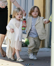 Vivienne Jolie Pitt's medium straight haircut showed off her adorable face.