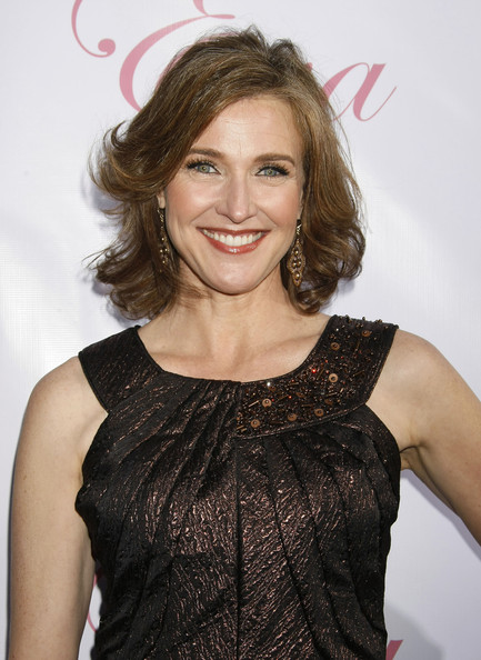 Brenda Strong Shoulder Length