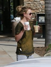 Britney Spears may favor casual attire, but the star still looks good in even a basic tee.