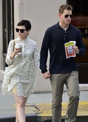 Ginnifer Goodwin's mandarin collared shirt dress had a sweet vintage feel.