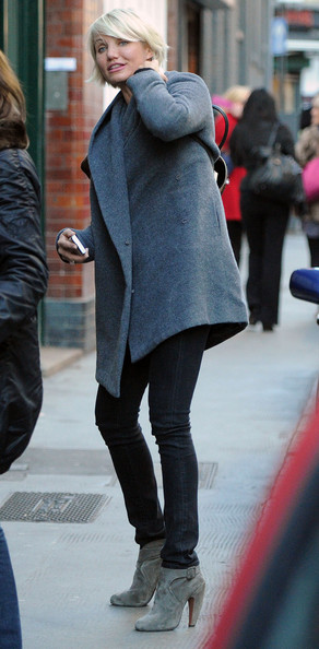 Cameron Diaz topped off her winter style with gray suede ankle boots.