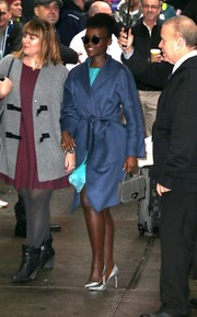 Lupita Nyong'o wore pointed silver pumps to complement her outfit.
