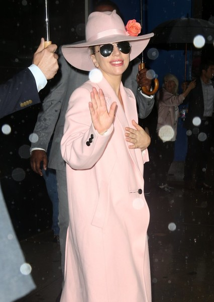 More Pics of Lady Gaga Wool Coat (1 of 22) - Outerwear Lookbook - StyleBistro