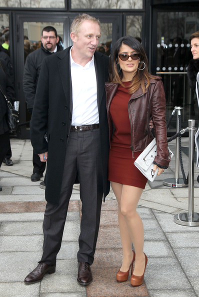 More Pics of Salma Hayek Platform Pumps (1 of 18) - Salma Hayek Lookbook - StyleBistro